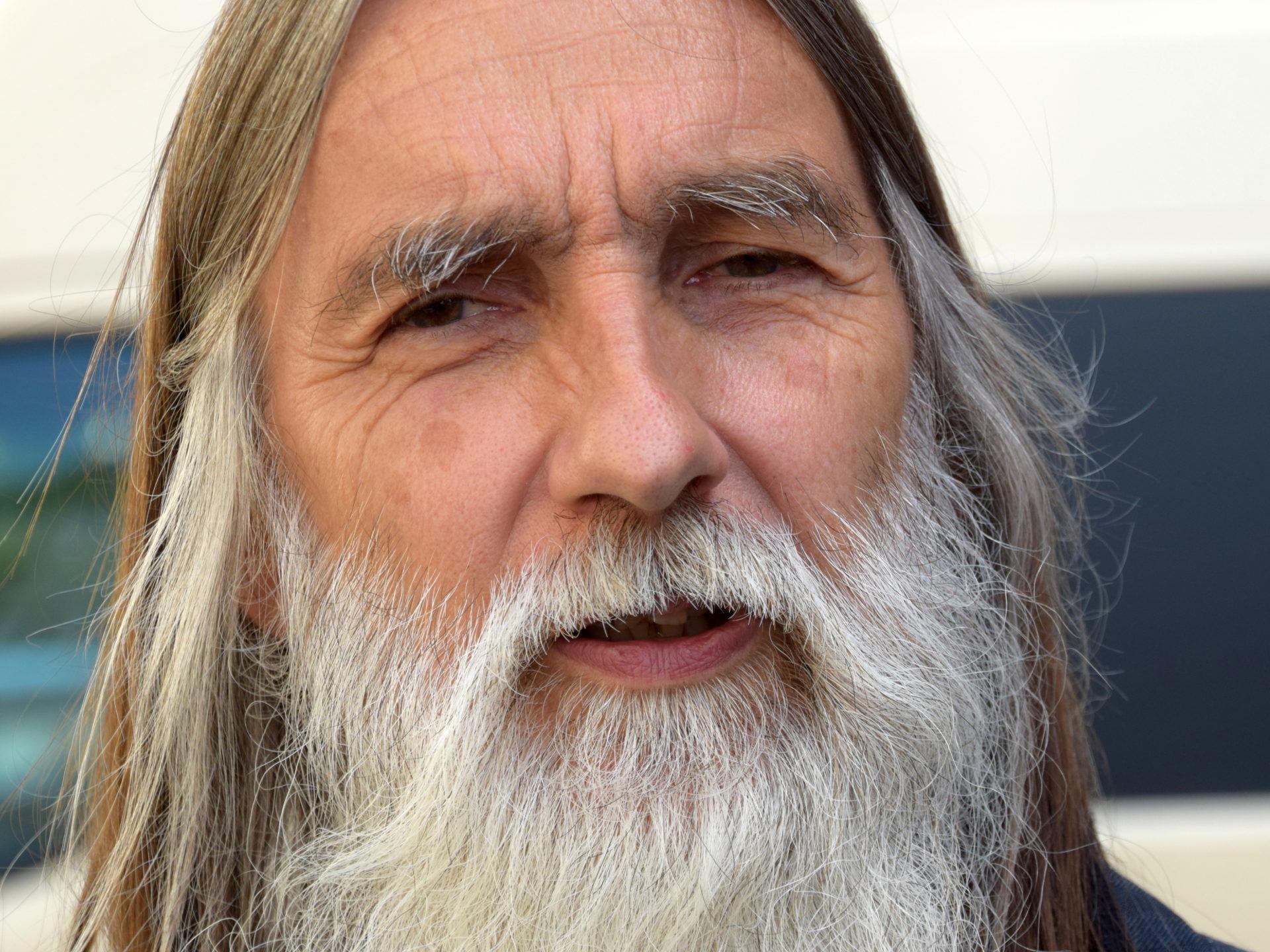 """Gespräch mit Stefan Matthias zum Thema """"Obdachlosigkeit und Konflikte im Wrangelkiez. Was hilft?"""""""